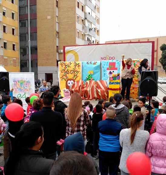 Escuela de Navidad de la Asociación Entre Amigos en Polígono Sur.
