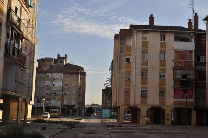 Atención y Asesoramiento Familiar en la barriada Martínez Montañés de Polígono Sur